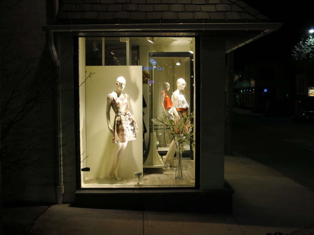 bryn mawr ave mannequin